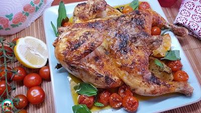 Pollo asado con tomates