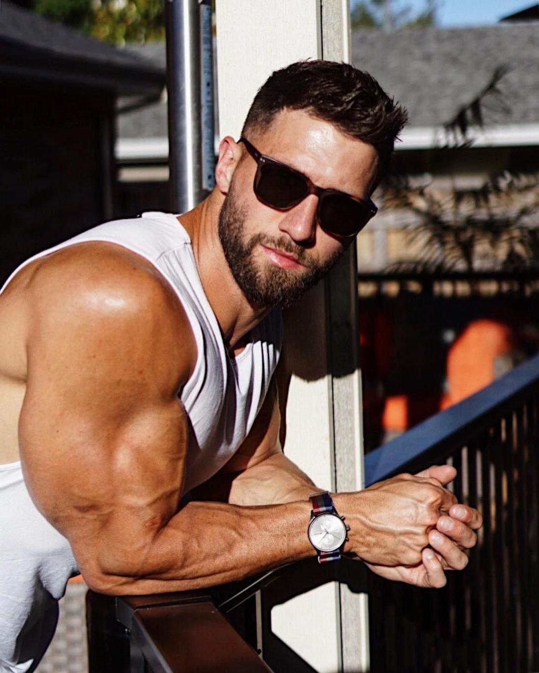 bearded-guys-sunglasses-huge-swole-biceps