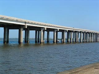 puente pantano manchac