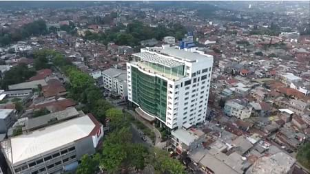 Universitas Komputer Indonesia (UNIKOM)