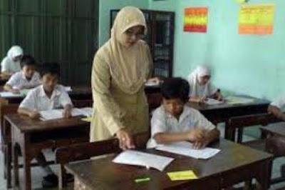 Kemendikbud Belum Tetapkan Teknis Sertifikasi Guru Kemendikbud Belum Tetapkan Teknis Sertifikasi Guru