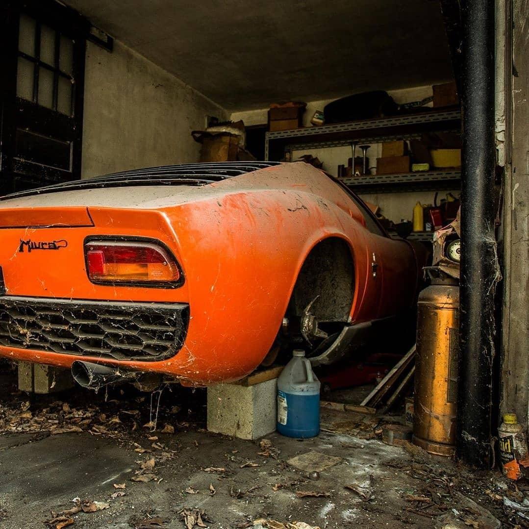 FOTO Lamborghini Miura 'Terkubur' di Garasi Selama 30 Tahun