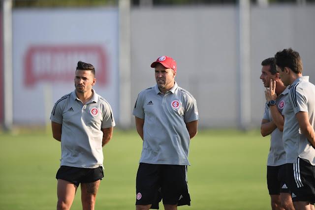 Coudet comandou a equipe (Foto: Ricardo Duarte / Inter)