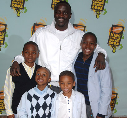 How Many Kids Does Akon Have