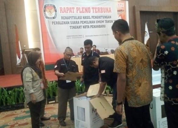 Pleno Pekanbaru Baru Selesai 7 Kecamatan, Prabowo-Sandi Menang Telak