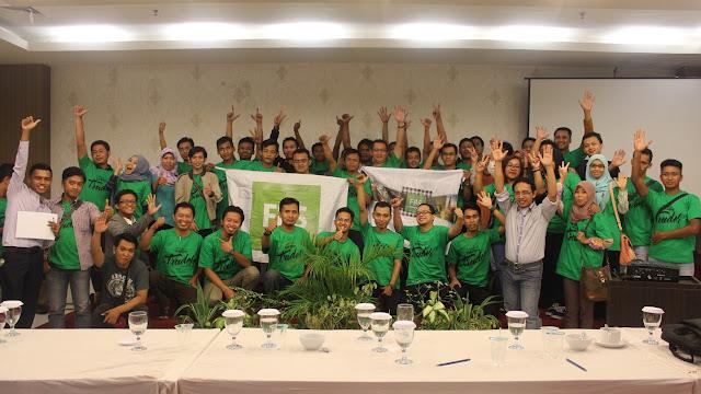 Rajatul Alam bersama peserta Seminar di Madiun