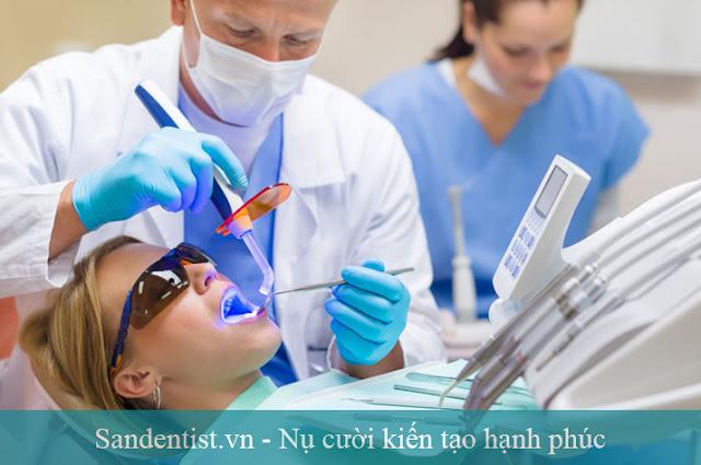Nguyên nhân và cách điều trị cười hở lợi tại Sài Gòn tốt nhất