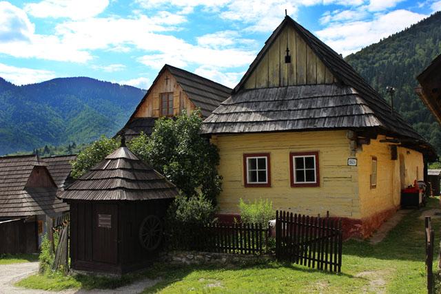 El pozo de Vlkolínec, en Eslovaquia
