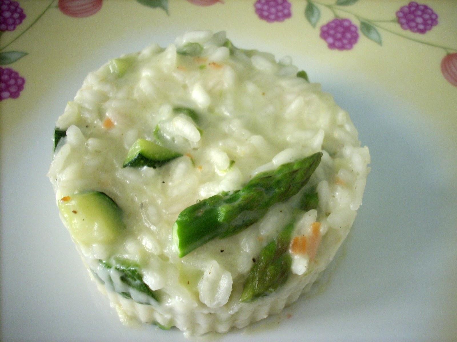 Risotto Asparagi Zucchine.Setteveli S Blog Risotto Con Asparagi Zucchine E Salmone