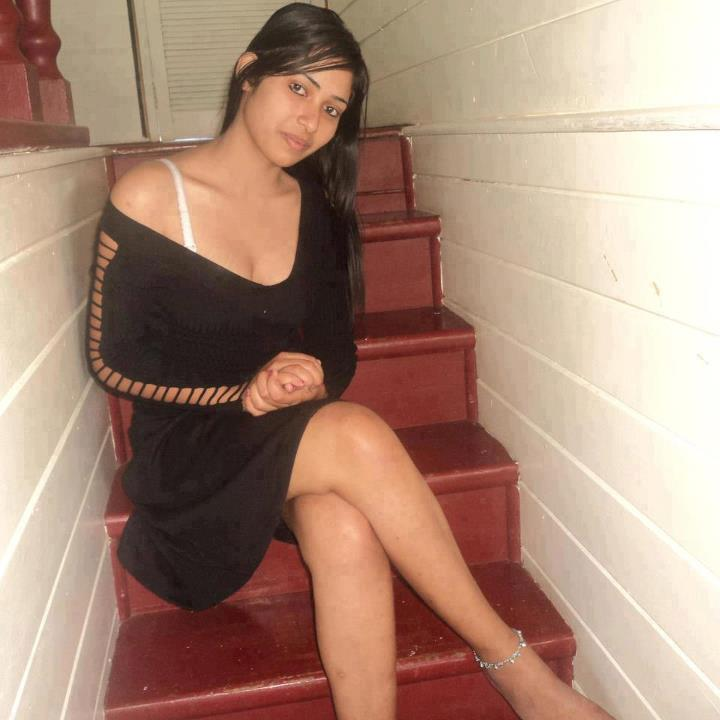 Indian Hot In Bikini Nude And Naked Young College Girls Latest Photo Gallery
