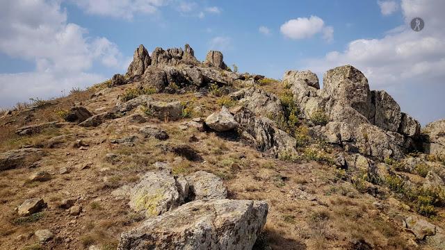 Traseu în Munții Măcin: Culmea Pricopanului