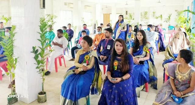শ্রীপুরের মাওনায় আলোর দিশারী আমার মা আমার জান্নাত ও বিনোদন বিচিত্রার পুরস্কার প্রদান