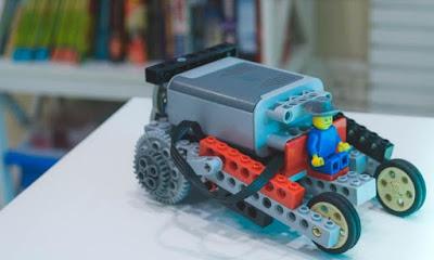 Dia do Orgulho Nerd ganha oficina de robótica
