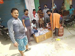 युवाओं की टीम ने बांटा मजदूरों का दर्द, दी खाद्य सामग्री | #NayaSabera