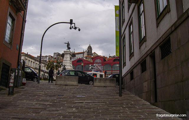Monumento ao Infante D. Henrique, o navegador, na Cidade do Porto