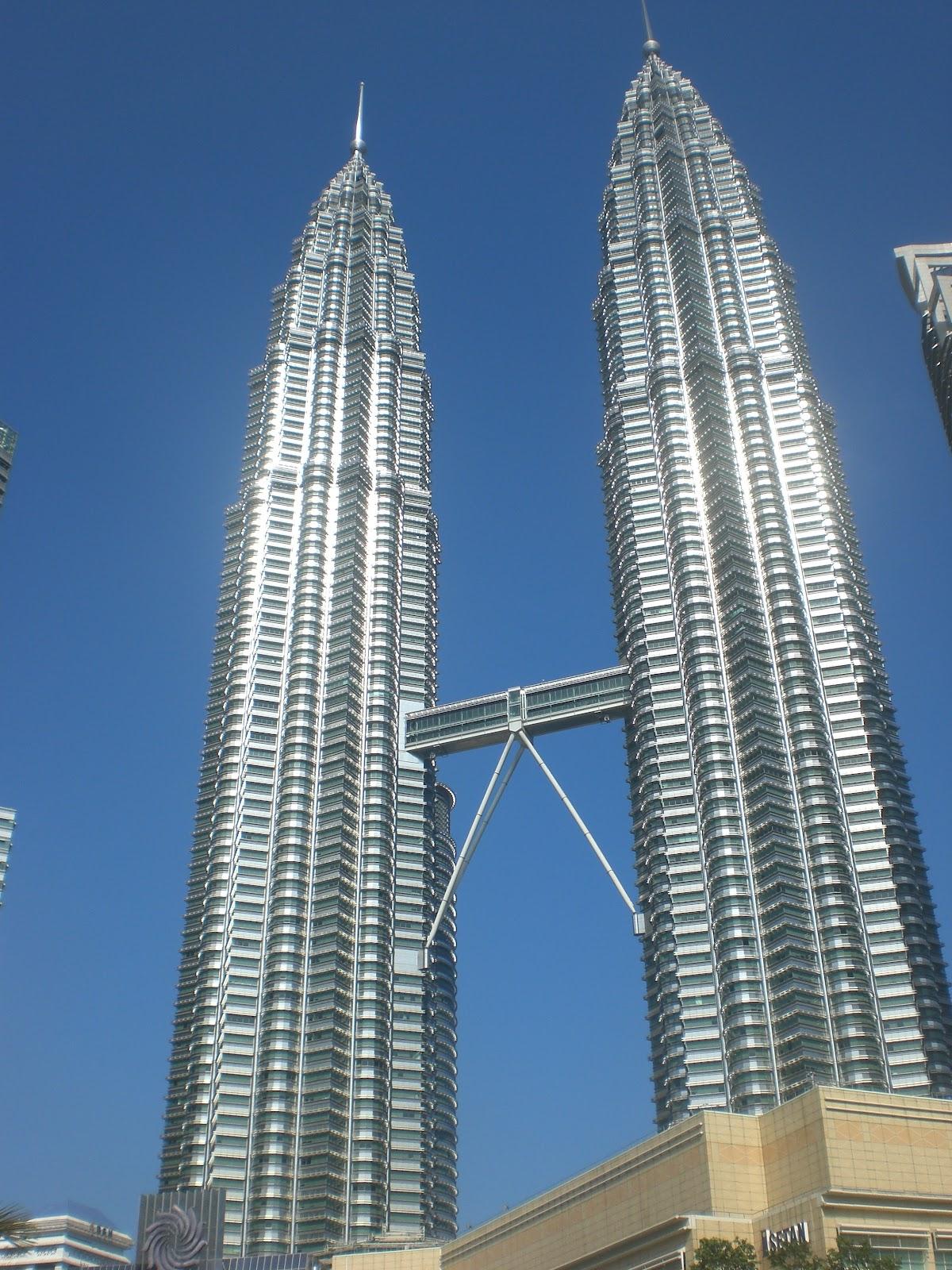petronas twins tower menara kembar tertinggi di dunia mochamad rh yusufsantoso blogspot com Menara KLCC Gambar Menara Petronas