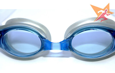 Mắt kính được làm từ polycabonate