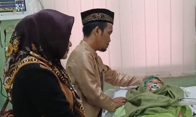 Istri Ustad Maulana Meninggal Dunia, Kabar tentang meninggalnya istri Ustad Maulana, Nuraliyah M Nur Maulana meninggal dunia,