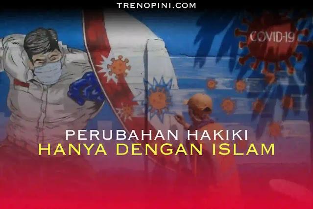 Media asing, Bloomberg melaporkan skor ketahanan Indonesia terhadap Covid-19 berada di peringkat paling akhir. Artinya, Indonesia disebut sebagai negara yang paling buruk dalam menangani Covid-19 di dunia. Dalam laporan Bloomberg pada Selasa (27/7/2021), Indonesia menempati peringkat ke-53 dari 53 negara di dunia. Menurut Bloomberg, beberapa indikatornya adalah soal angka kematian akibat Covid-19 yang tinggi.