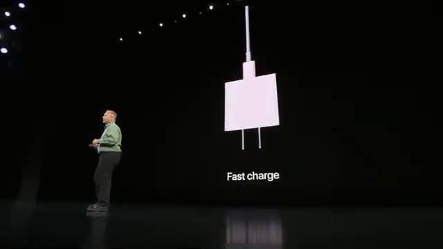 """Đánh giá iPhone 11, iPhone 11 Pro, iPhone 11 Pro Max: Mọi thứ đều """"khủng"""" 13"""