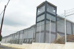 Proyek pagar tembok menggunakan Roll Sheet di LP Rajabasa - Lampung