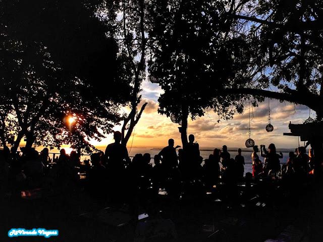 Pôr do sol na Toca do Morcego, em Morro de São Paulo. Bahia,