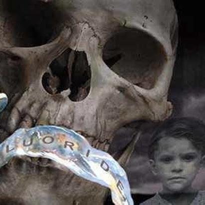 O Golpe do Flúor: Até guando permitiremos o emburrecimento da nossa civilização?