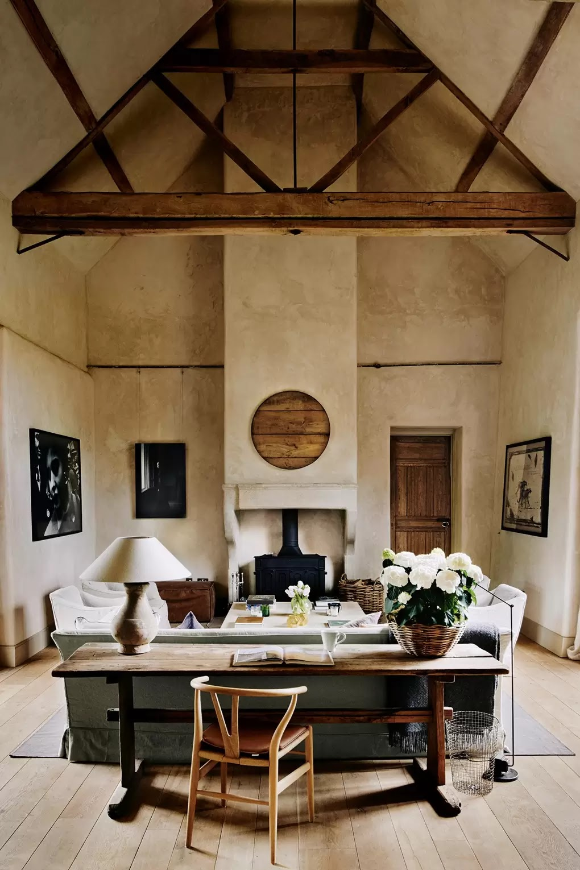 Photographer's eco-farmhouse in Oxfordshire, England