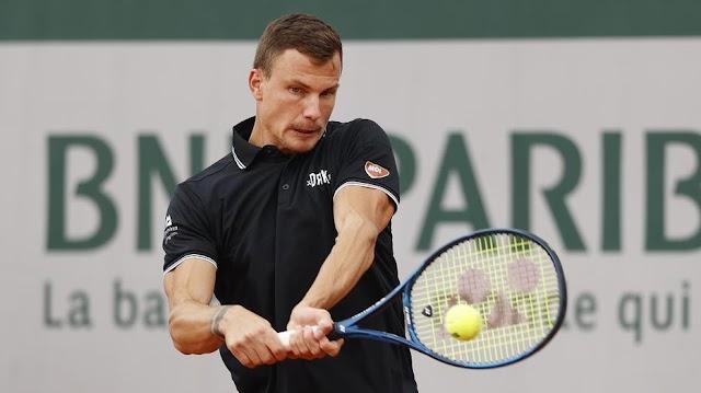 Nagy menetelése után kiesett a Roland Garrason, de így is brutális pénzeket teniszezett össze idén Fucsovics