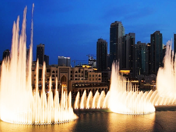 Dubai Fountain -  Largest choreographed fountain system in Dubai - Cost - Timings - Facts