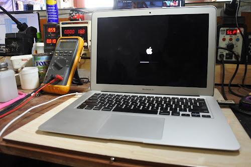 service macbook air 2014 mati total di malang, service apple terbaik tercepat di malang dan sekitarnya
