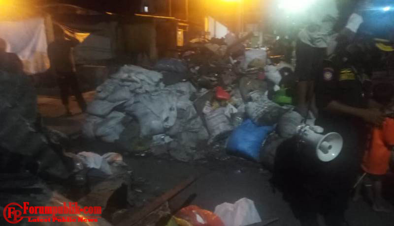 Warga Keluhkan Sampah Menumpuk Pasca Kebakaran Disekitar Pasar Pannampu
