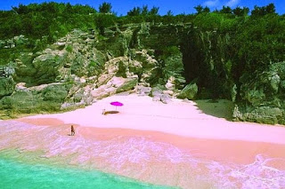 Wisata Pantai Tiga Warna Malang