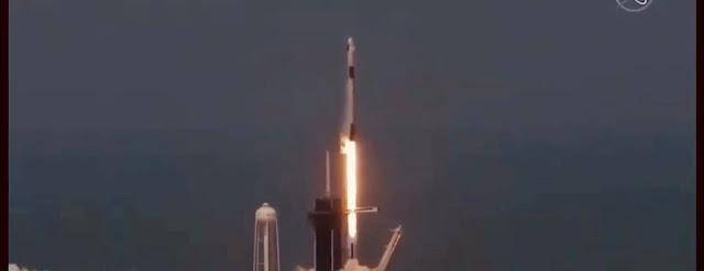 """بالفيديو...شاهد لحظة إطلاق صاروخ """"SPACEX"""" وعلى متنه رائدا فضاء بنجاح نحو محطة الفضاء الدولية✍️👇👇👇"""