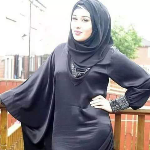 سعودية مطلقة بدون اولاد بنت عائلة ابحث عن رجل مثقف متفتح حضري للزواج