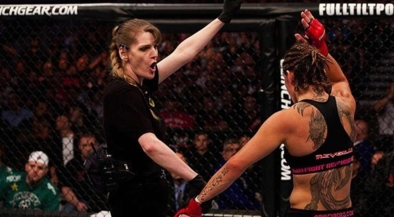 Women referees pay in UFC