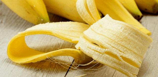 usos curiosos de la piel del plátano