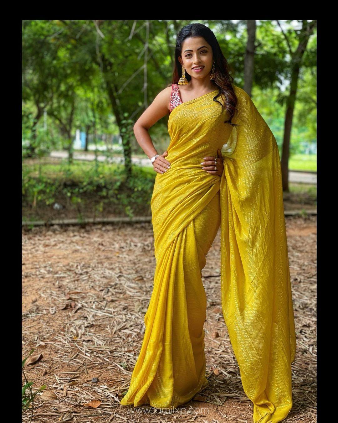 Actress Navya Swamy Images