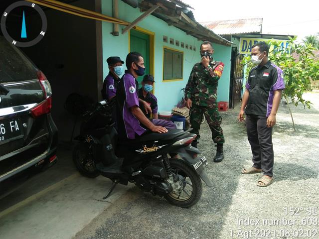 Bersama Dengan Petugas PPKM, Personel Jajaran Kodim 0208/Asahan Laksanakan Komonikasi Sosial