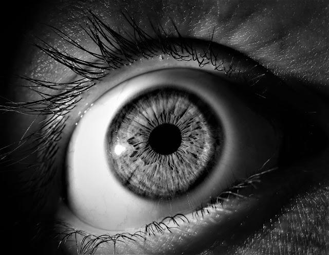 kaşınan gözler