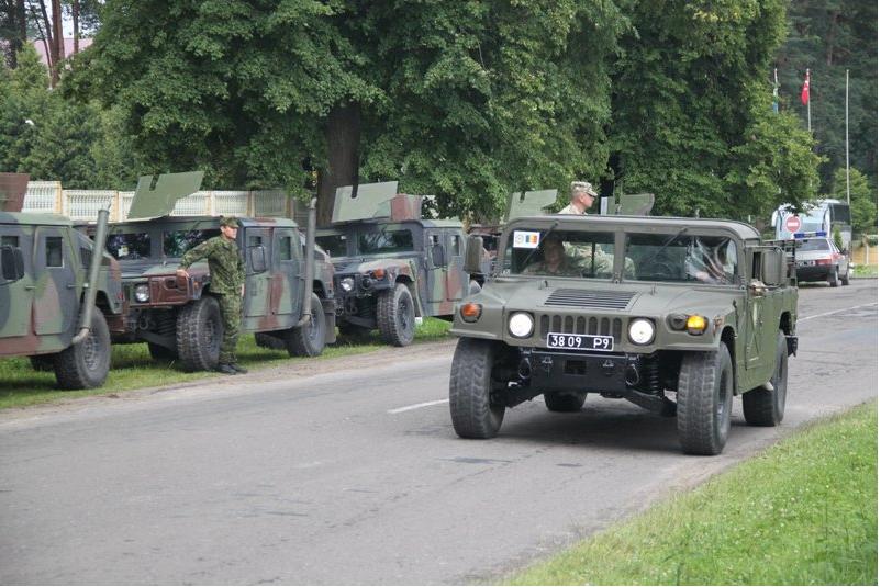 HMMWV M1097A2 3809Р9