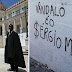 A praga petista chegou em Coimbra, e o resultado foi vandalismo contra Moro e a impressão de que o Brasil cultua criminosos como Lula