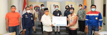 Wali Kota Tarakan Menerima Bantuan Alkes Satgas BUMN Provinsi Kaltara