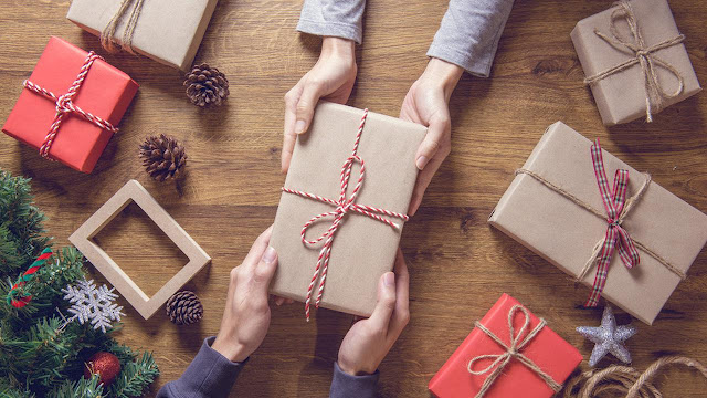 Makna di Balik Tukar Kado Natal