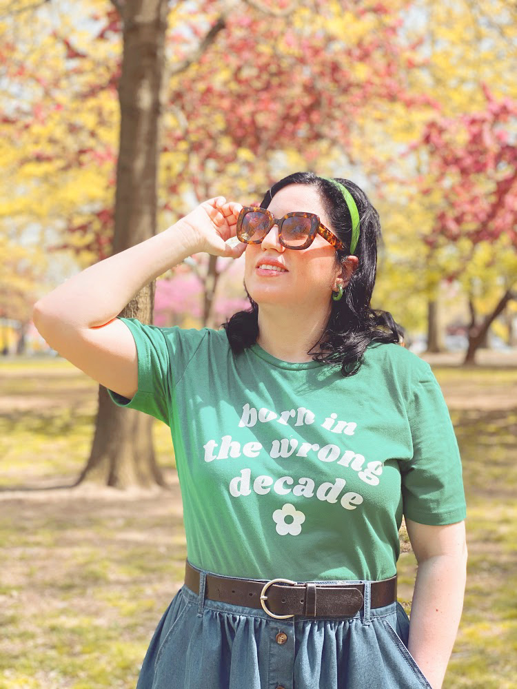 A Vintage Nerd, Vintage Blog, Darling in Dots, Retro Lifestyle Blog, Plus Size Retro Fashion Blog, Born in the Wrong Decade, Retro Tee, Retro T-shirt