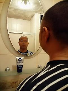 Merawat wajah dengan facial wash