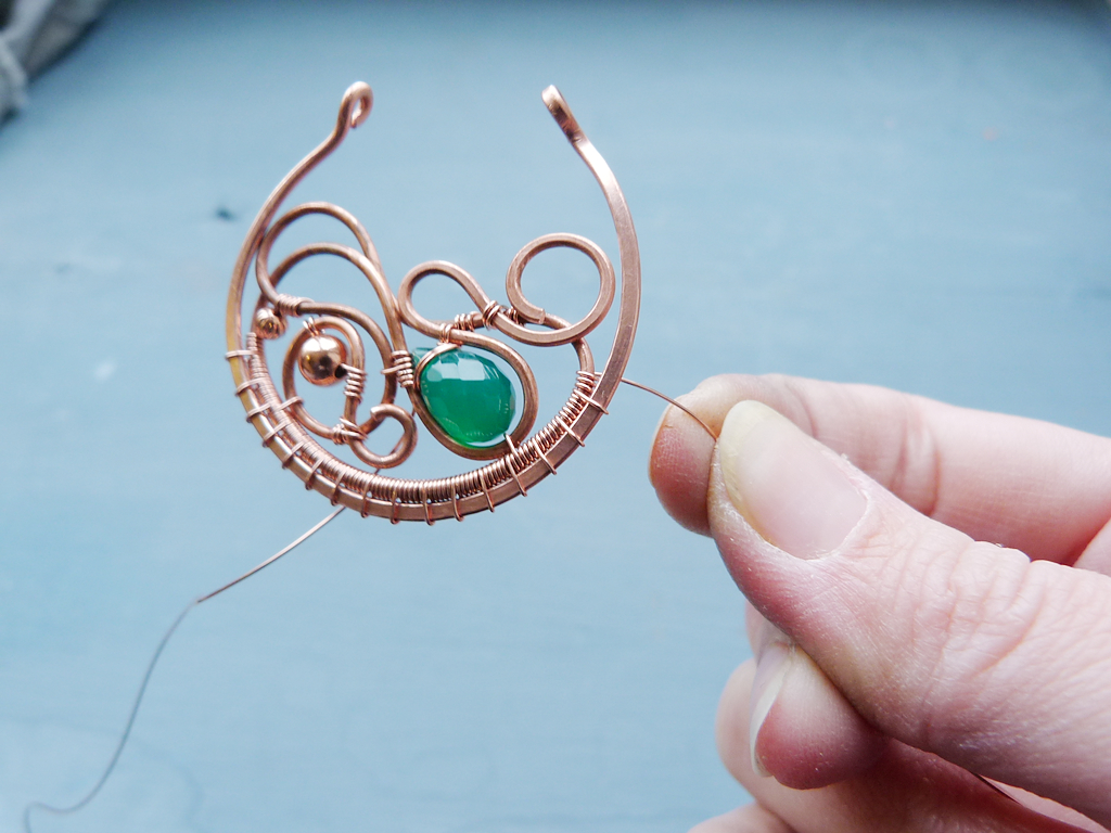 Ursula Jewelry : Free tutorial - Large copper earrings without ...