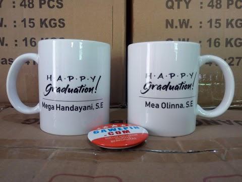 Souvenir dan Hadiah Mug Sablon Putih Custom ada Foto Gambar Logo Sendiri
