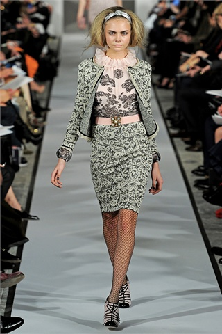 http://s-fashion-avenue.blogspot.it/2012/09/fall-winter-201213-trends-baroque.html