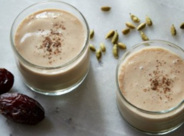 How to make smoothie dates with milk